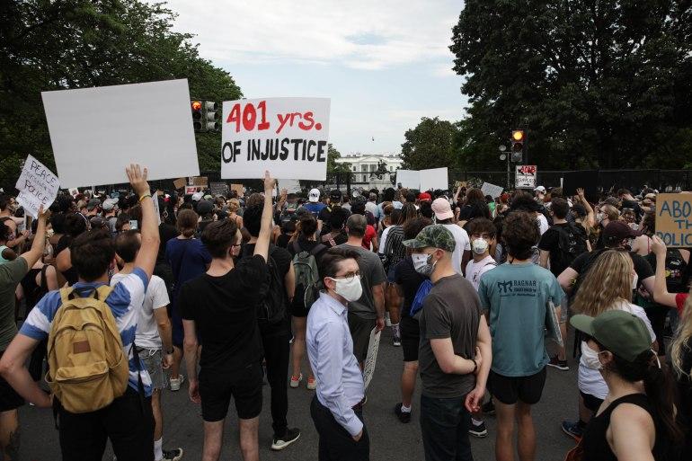 مقال في واشنطن بوست: هكذا يوحد ترامب الأميركيين ضده