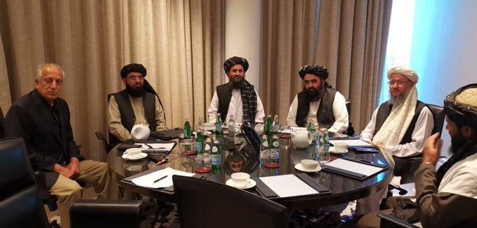 """أميركا تتحدث عن """"مناقشات مثمرة"""" مع طالبان بالدوحة وقمة الـ20 تتعهد بمساعدات إنسانية"""