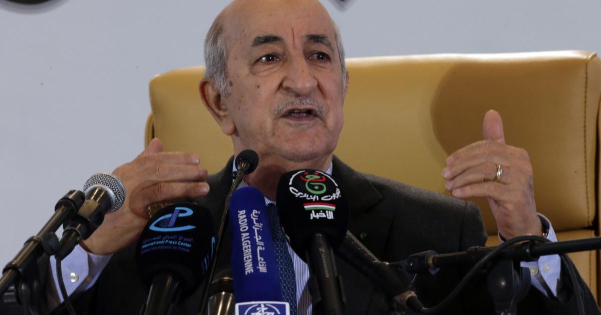 الرئيس الجزائري يتهم دولا لم يسمّها بشن هجمات إلكترونية على بلاده