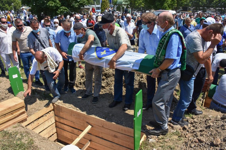 القضاء الدولي اعتبر مجزرة سربرنيتسا إبادة (الأناضول)