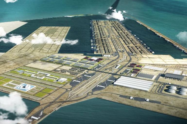 العراقيون يعتبرون أن ميناء الفاو أحد أبرز المشاريع، التي ستعود بالمنفعة الاقتصادية على البلاد حال إنجازه (الصحافة العراقية)