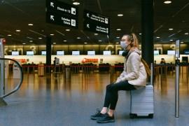 شركات الطيران تقدم رحلات منخفضة التكلفة في الساعات الأولى من اليوم لأن معظم الناس لا يفضلون السفر مبكرا (بيكسيل)