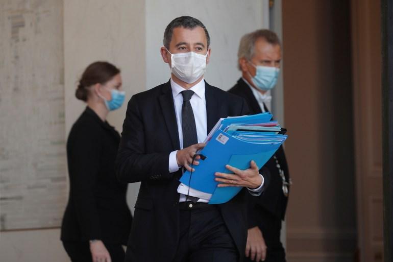 فرنسا تعتزم ترحيل 231 أجنبيا عقب حادثة مقتل المدرس
