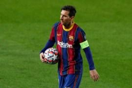 هناك عدة عوامل ستحدد وجهة ميسي في حال رحل عن برشلونة (رويترز)