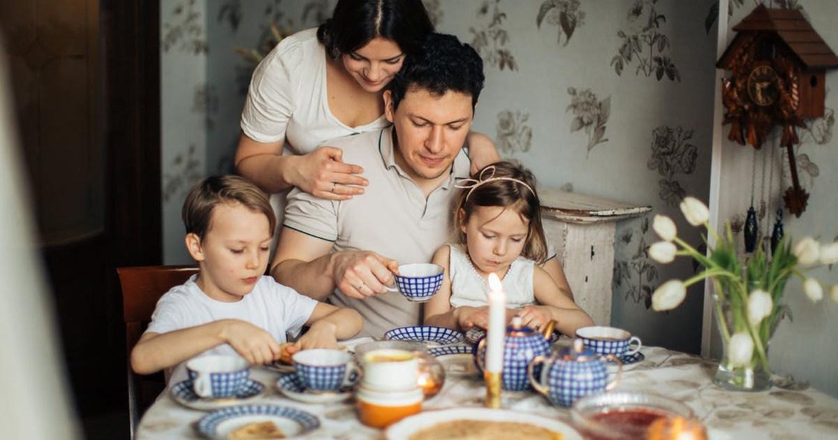 هفوات شائعة يرتكبها الآباء والأمهات في تربية الأطفال.. تجنبوها