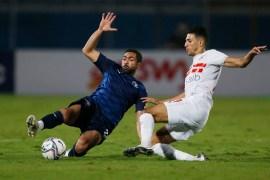 أحمد فتوح (يمين) سجل هدفا عالميا (رويترز)