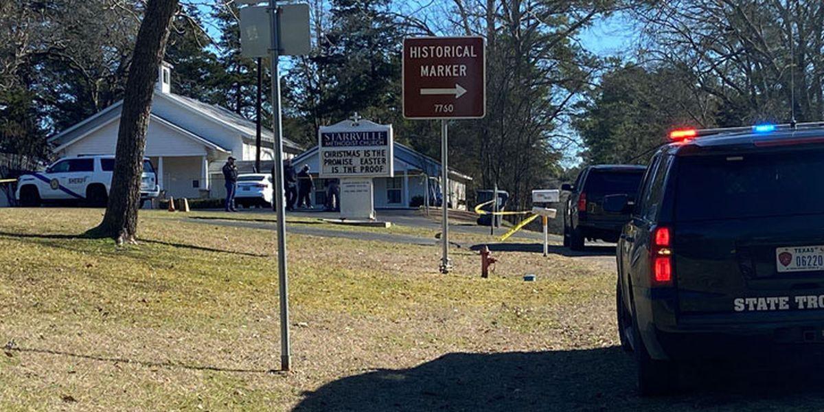 مقتل شخص وإصابة آخرين في إطلاق نار خارج كنيسة في تكساس الأميركية