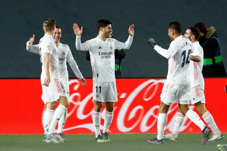ريال مدريد عاد سريعا إلى سكة الانتصارات بعد التعثر في المباراة السابقة (رويترز)