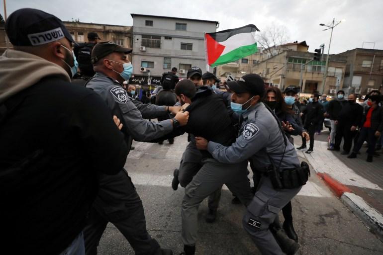 احتجاجات في الناصرة رفضا لزيارة نتنياهو ومواجهات مع الاحتلال بالضفة الغربية