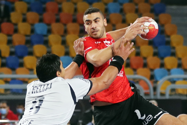 المنتخب المصري قدّم أداء قويا في مباراته الأولى بالمونديال (رويترز)