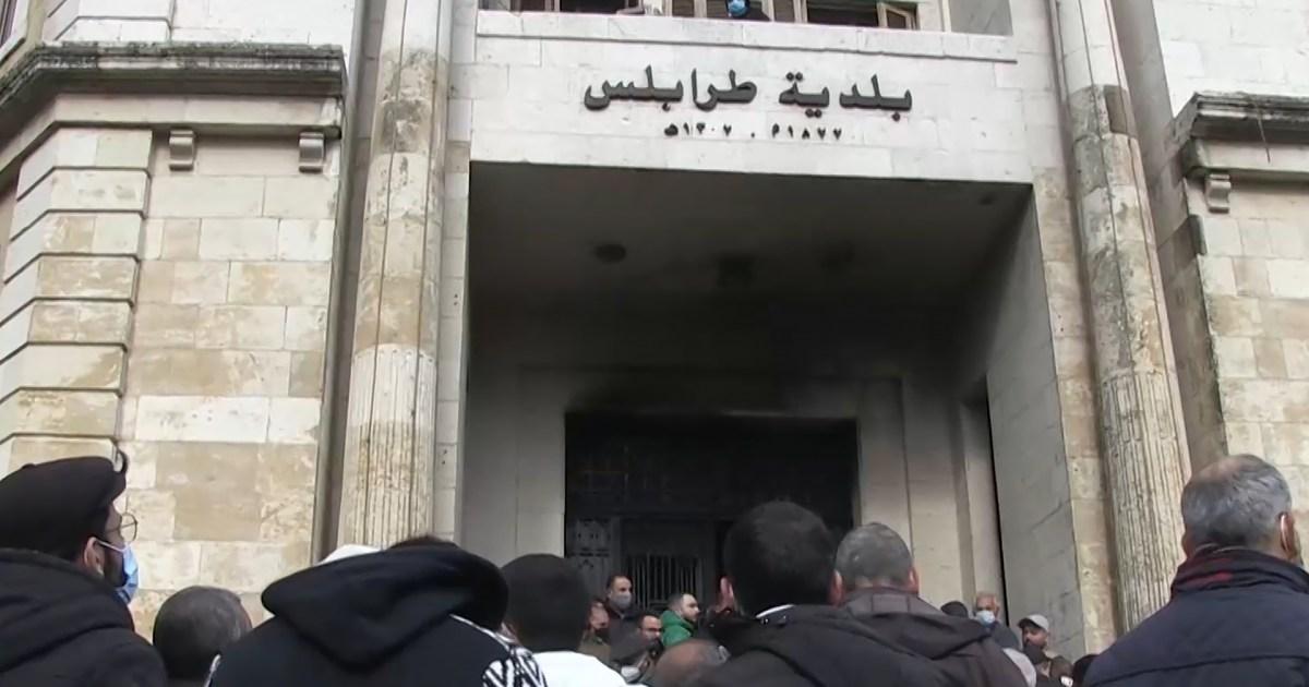 جيش لبنان يؤكد استعداده لحماية السلم الأهلي بطرابلس وعون يبحث مع ماكرون المبادرة الفرنسية