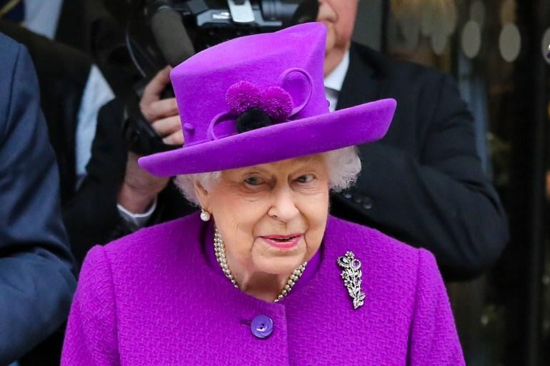 الملكة إليزابيث الثانية، الأمير هاري وزوجته ميغان، الأمير تشارلز، حربوشة نيوز