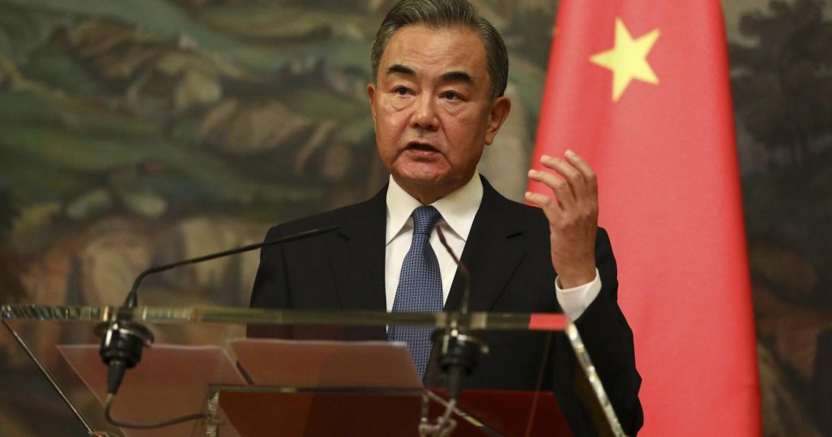 وزير خارجية الصين يدعو إدارة بايدن للحوار من أجل تحسين العلاقات بين البلدين