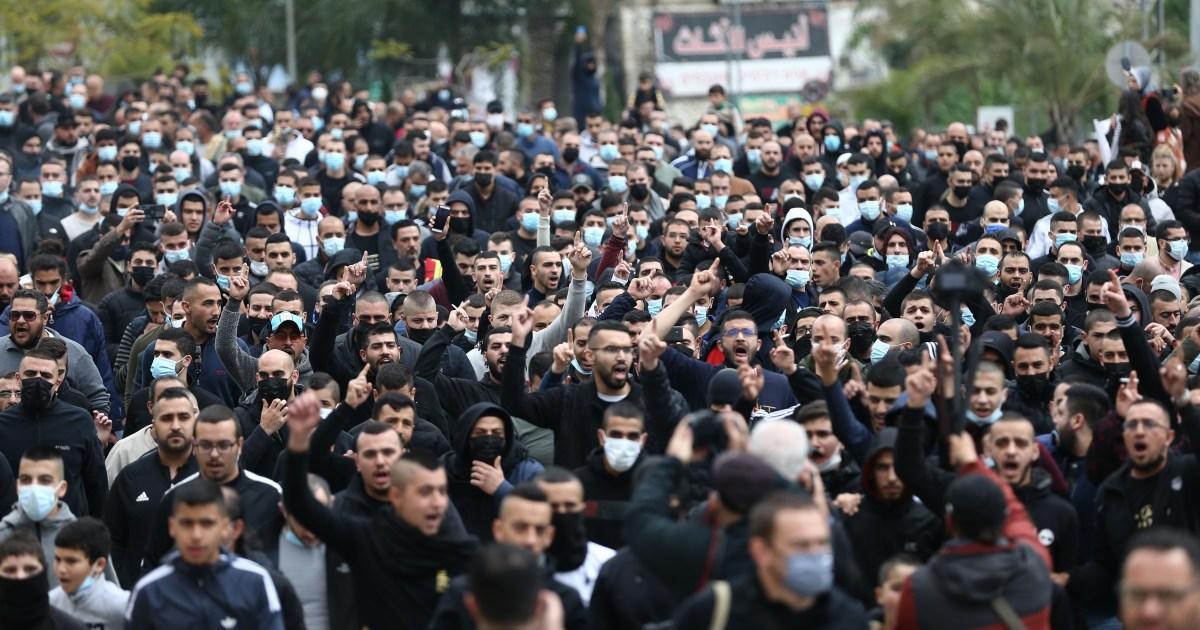 بعد مقتل شاب من بلدة طمرة.. موجة احتجاج ضد الشرطة الإسرائيلية داخل الخط الأخضر