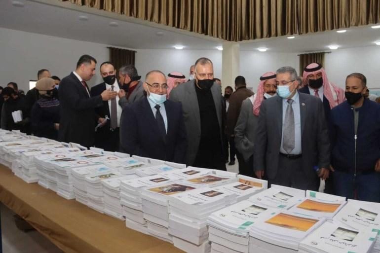 جانب من احتفال مشروع القراءة الوطني الذي أطلقته وزارة الثقافة في المفرق شمال العاصمة الأردنية (الجزيرة)