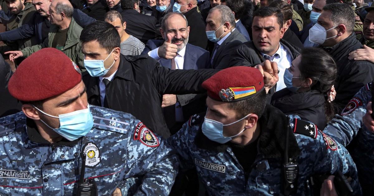 أرمينيا.. مجلس الأمن القومي يؤيد إقالة رئيس الأركان والشارع ينقسم بين أنصار الحكومة ومعارضيها
