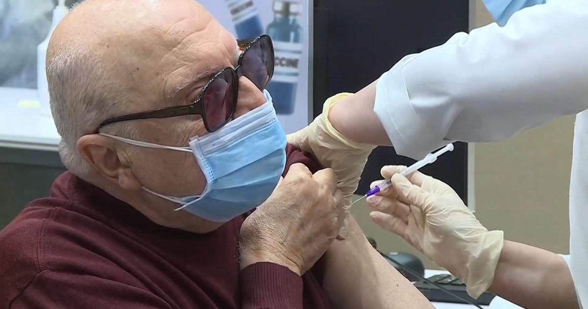 مخاوف من مغبة التوظيف السياسي لحملة التطعيم ضد كورونا في لبنان