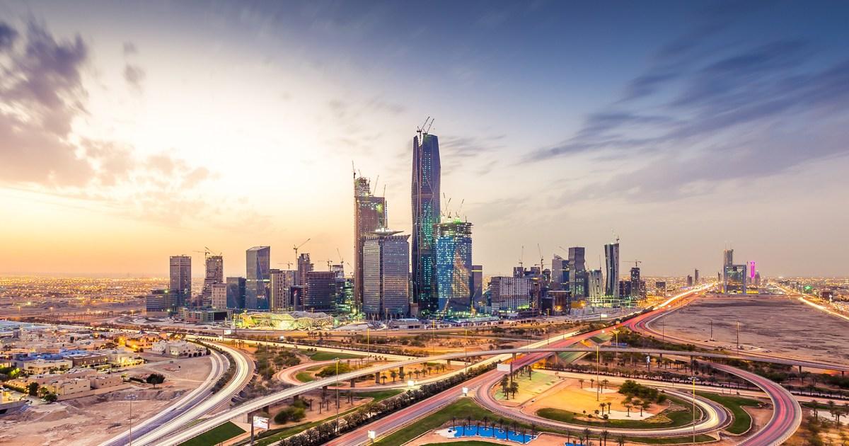 السعودية طالبت الشركات الأجنبية بنقل مقارّها إلى أراضيها.. لماذا غضب الإماراتيون ومم يخشون؟