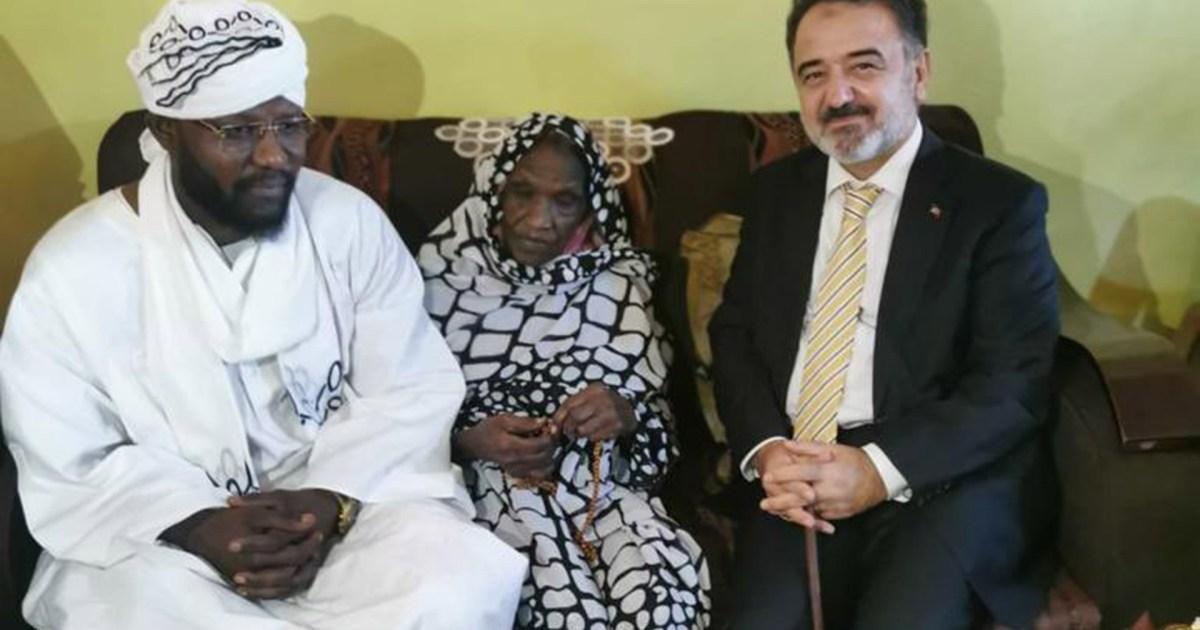 من هي ابنة السلطان علي دينار التي زارها السفير التركي بالخرطوم؟