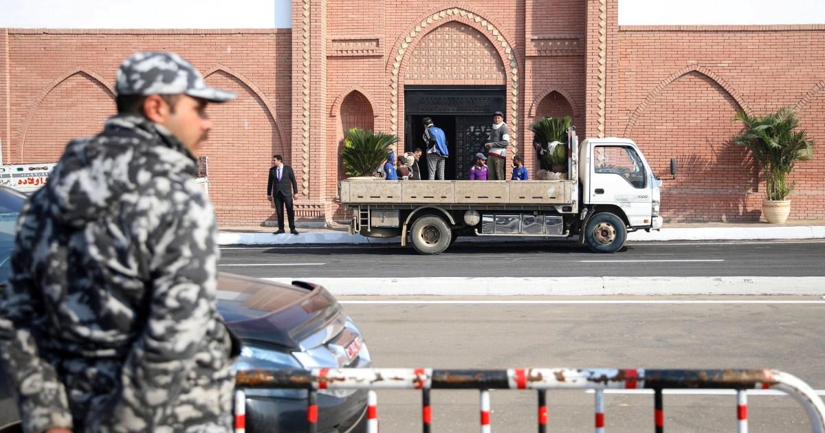 بذخ مقبرة مبارك يجدد أوجاع المصريين إزاء متاعبهم المعيشية