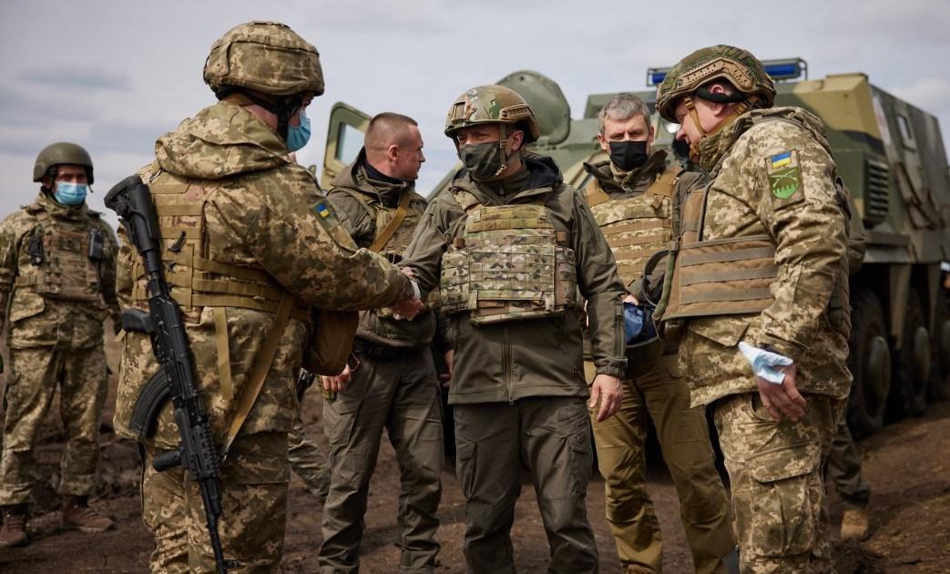 القتال يتصاعد شرق أوكرانيا.. كييف تعلن مقتل أحد جنودها وروسيا تلوّح: نتصرف حسب تطور الأحداث
