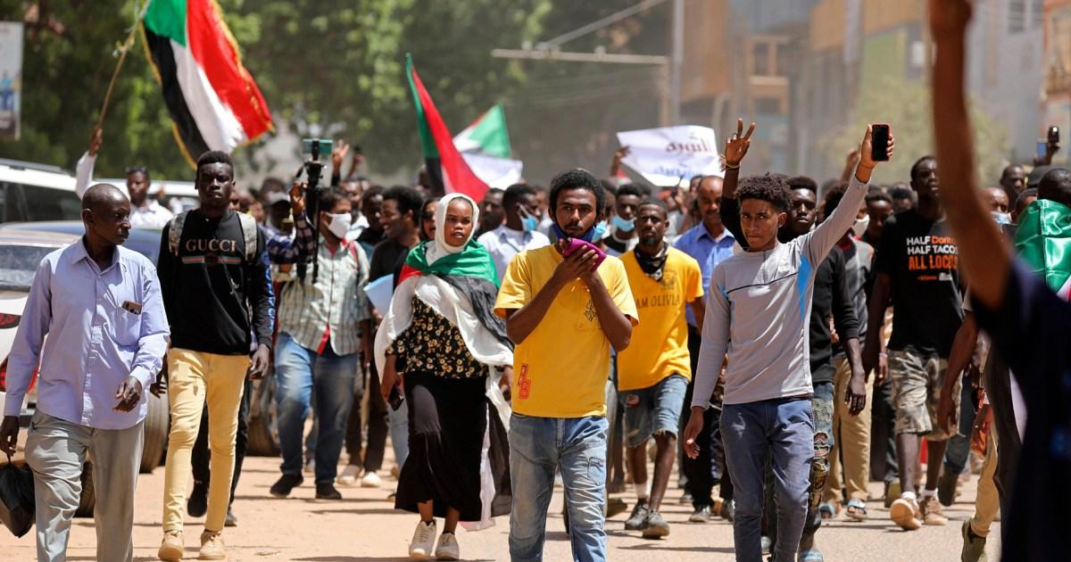 السودان.. عامان على عزل البشير وتعثر الإصلاح السياسي