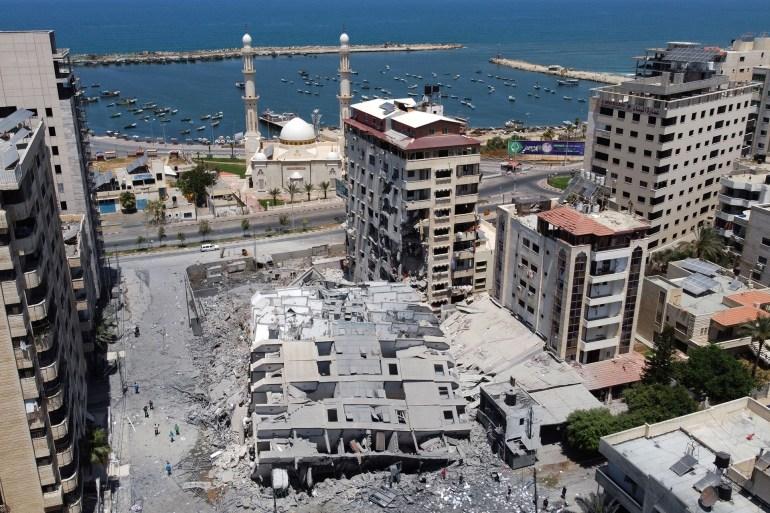 أبراج غزة المدمرة  تحت كل حجر قصة ووراء كل جدار حكاية 0101-3