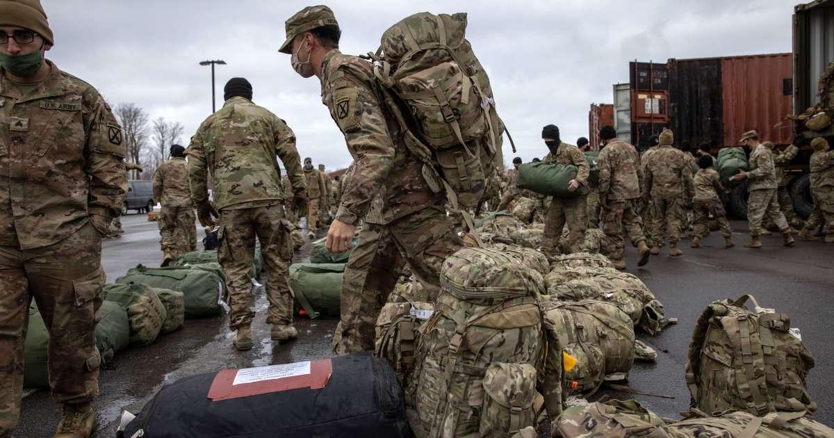 """أرسلت مزيدا من التعزيزات لتأمينه.. واشنطن تؤكد أن الانسحاب من أفغانستان """"يجري كما هو مخطط له"""""""