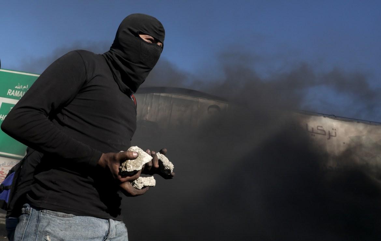 حجارة الأرض المحتلة سلاح أصحاب الحق في مواجهة أسلحة الاحتلال (الأوروبية)