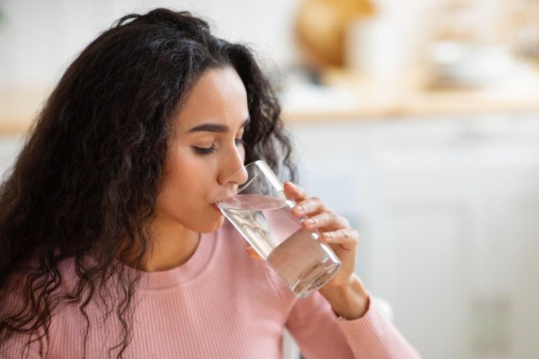 ماالأعراض التي تشير إلى أنك تشرب القليل من الماء؟