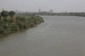 السلطات السودانية أفادت بزيادة في مياه نهر النيل الأزرق نتيجة الأمطار الغزيرة على الهضبة الإثيوبية (الجزيرة)