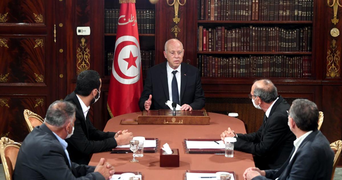تشكيل الحكومة التونسية الجديدة.. غموض وعقبات دستورية