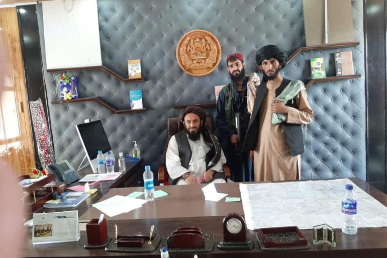 الرئيس الأفغاني: طالبان انتصرت ومغادرتي البلاد لتجنب إراقة الدماء  اعترف الرئيس الأفغاني أشرف غني، اليوم الأحد، بأن حركة طالب AMoFjK