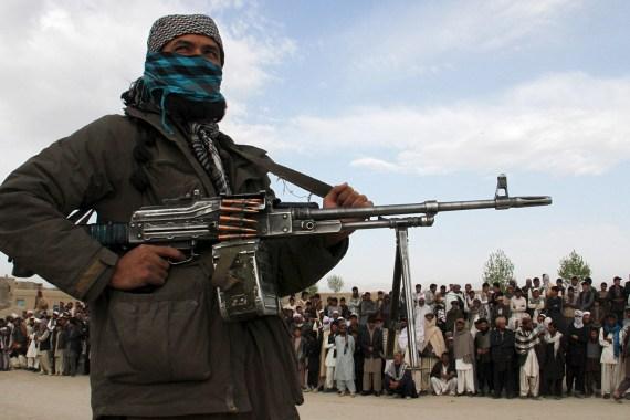 الرئيس الأفغاني: طالبان انتصرت ومغادرتي البلاد لتجنب إراقة الدماء  اعترف الرئيس الأفغاني أشرف غني، اليوم الأحد، بأن حركة طالب Image-232
