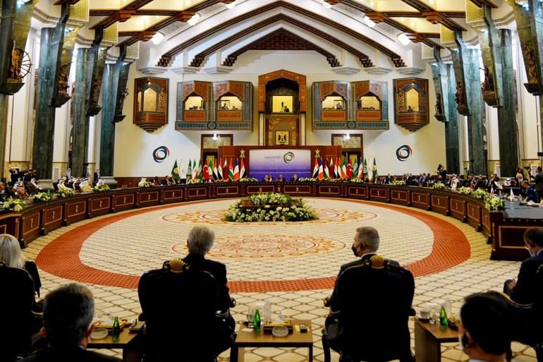 """أفغانستان.. موسكو: علينا إقامة علاقات مع الحكومة الجديدة وفرنسا وبريطانيا تقترحان إنشاء """"منطقة آمنة"""" في كابل أفغانستان.. موسك Image-522"""