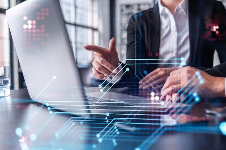نظام ثوري جديد يستخدم الخوارزميات لتطوير إنترنت ذكية