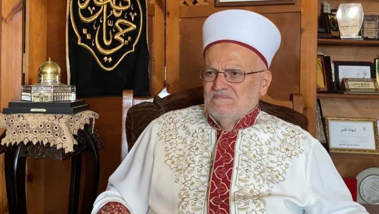 خطيب المسجد الأقصى المبارك ورئيس الهيئة الإسلامية العليا في القدس الشيخ عكرمة صبري(الجزيرة نت)