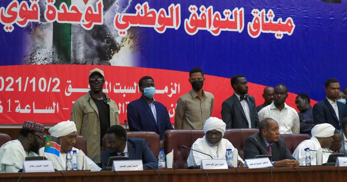 """السودان.. الحكومة تحذر من تبعات إغلاق ميناء بورتسودان و""""قوى الحرية"""" تهدد بتشكيل مجلس تشريعي"""
