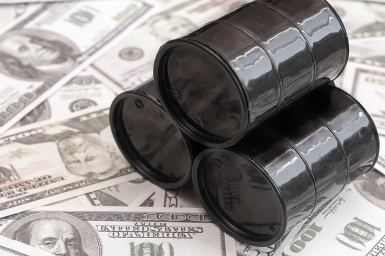 الاقتصاد العالمي وأسواق النفط سيبقيان في وضعية هشة في ظل تفشي فيروس كورونا (غيتي إيميجز)
